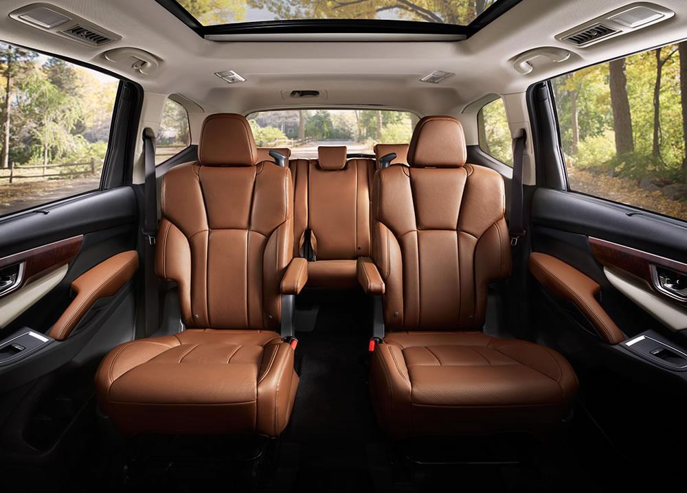 Wondrous All New 2019 Subaru Ascent Three Row Suv Debuts In La Short Links Chair Design For Home Short Linksinfo